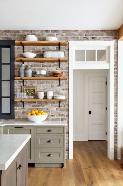 ράφια κουζίνας τοίχος τούβλα
