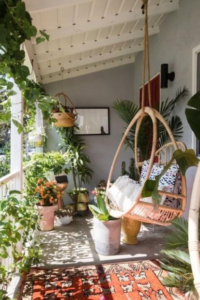 βεράντα αιώρα φυτά