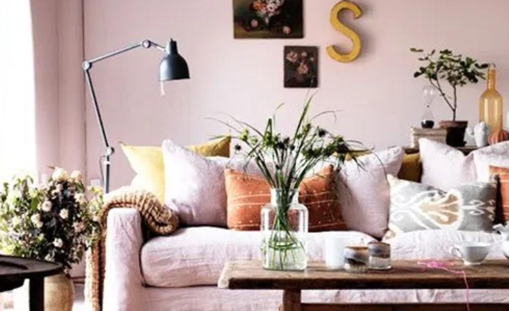 ροζ τοίχος διακόσμηση παστέλ χρώματα