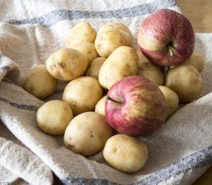 πατατες και μηλα