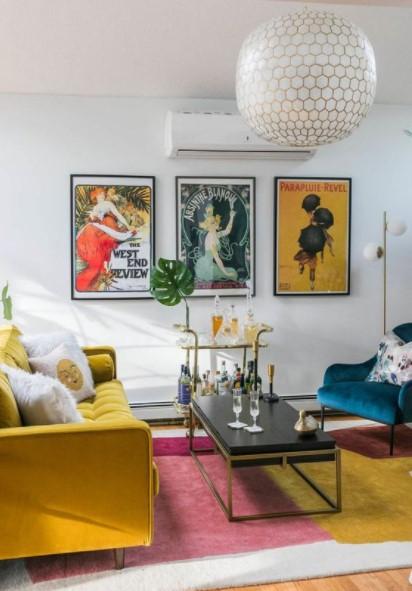 τρία posters τοίχος σαλόνι