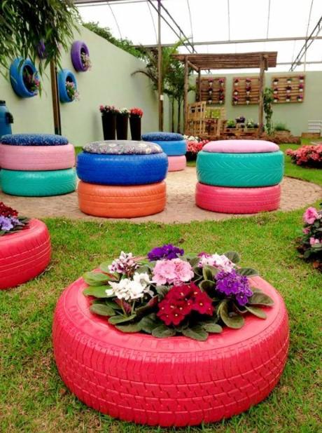 λάστιχα καθίσματα φυτά κήπος κήπο παλιά αντικείμενα
