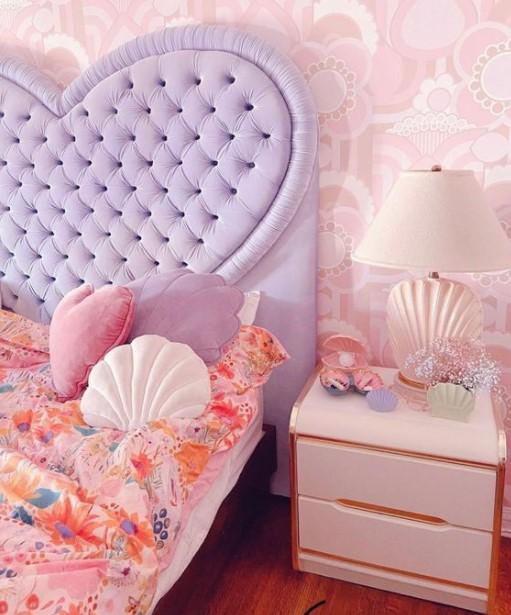 μοβ κρεβάτι μαξιλάρια κοχύλια