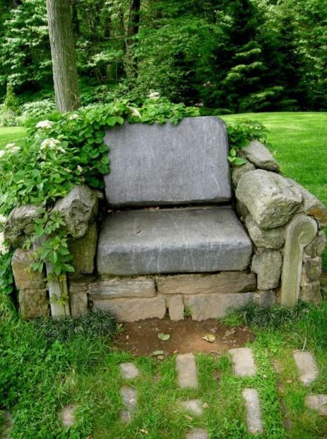 πέτρινη πολυθρόνα κήπος