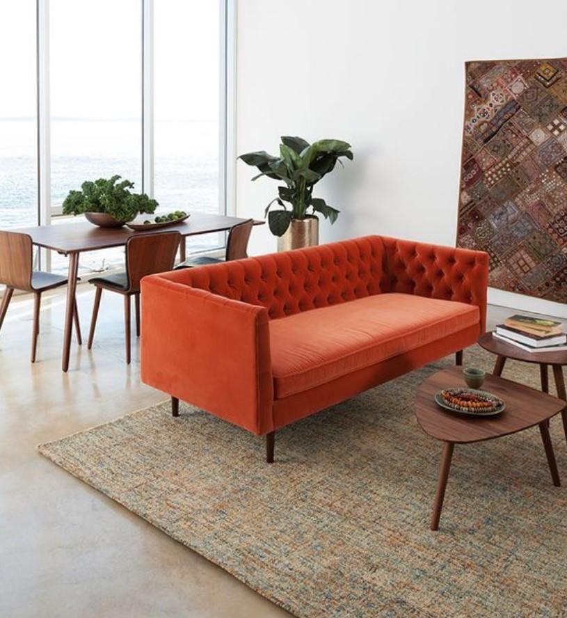 πορτοκαλί καναπές βελούδινος