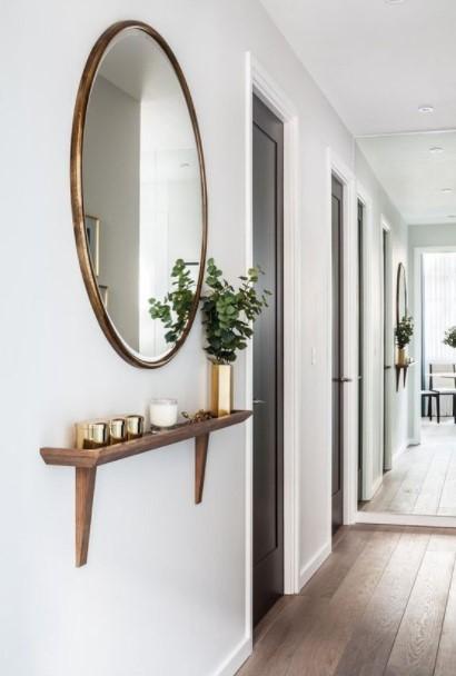 ράφι καθρέπτης διάδρομος