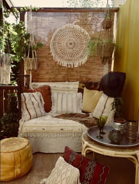 boho μπαλκόνι καναπές
