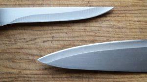 δύο μαχαίρια