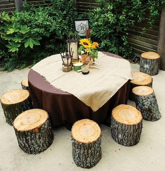 κορμοί καθίσματα τραπέζι