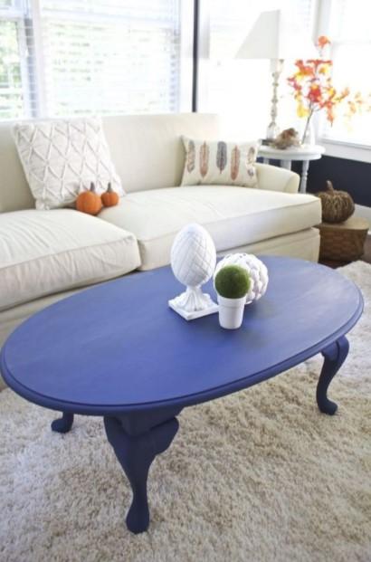 μπλε τραπέζι μέσης σαλόνι τραπεζάκι μοιάζει ακριβό