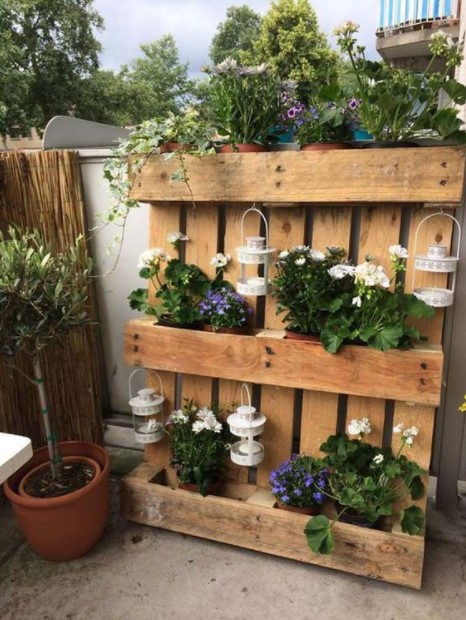 παλέτα φαναράκια λουλούδια διακοσμητικά κήπο