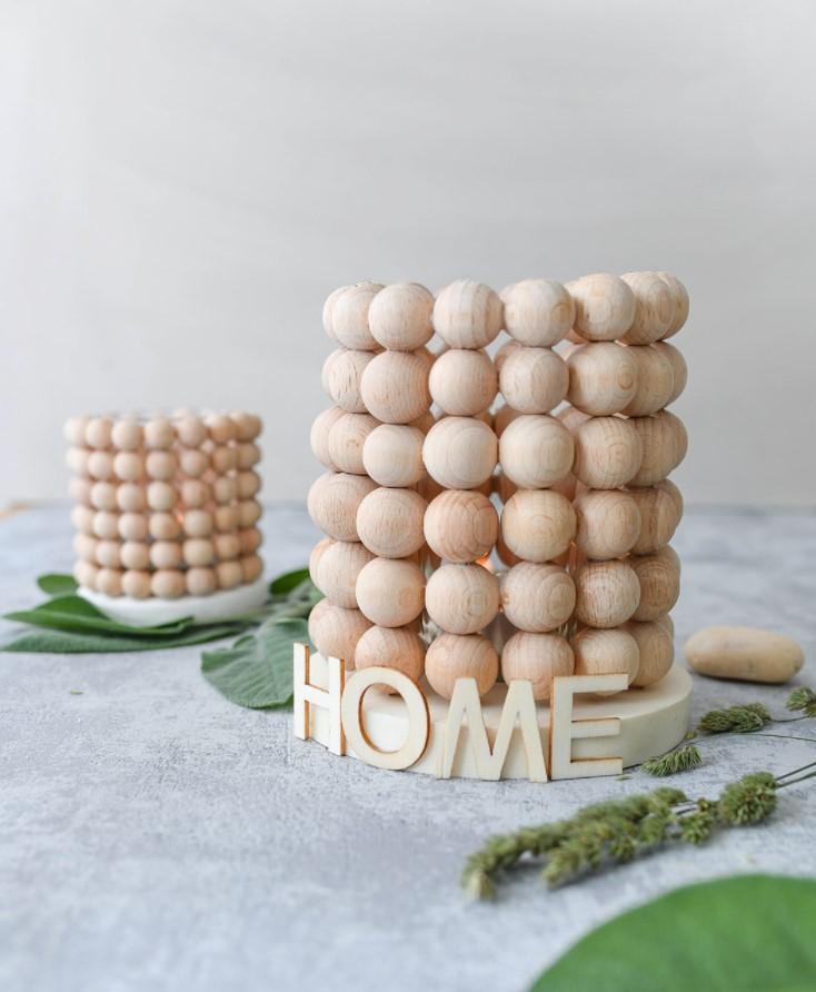 βάζο με ξύλινες χάντρες