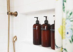 μπάνιο μπουκάλια σαμπουάν