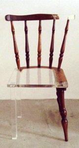 σπασμένη καρέκλα επιδιόρθωση