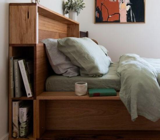 ράφια στα πλαϊνά κρεβατιού