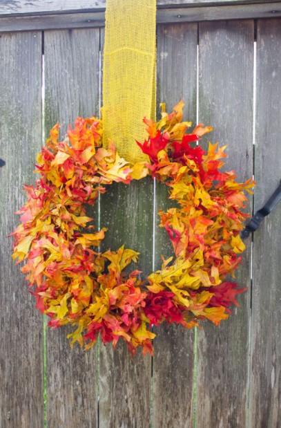 στεφάνι φύλλα φθινοπωρινές ιδέες διακόσμηση