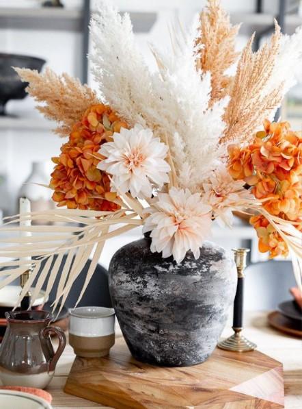 βάζο αποξηραμένα λουλούδια φθινοπωρινές ιδέες διακόσμηση