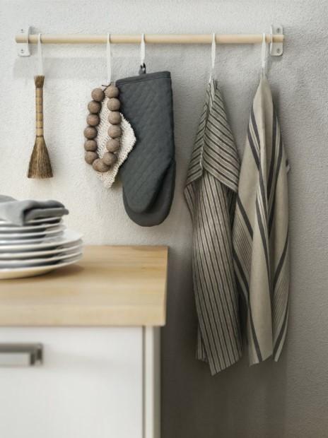 κρεμασμένες πετσέτες κουζίνας