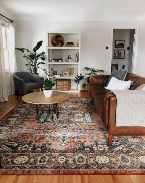 σαλόνι μεγάλο χαλί πολυτελές σπίτι λίγα χρήματα